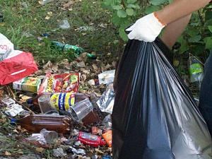Кто еще не пропиарился на мусорной теме?